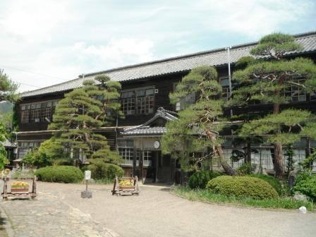 上田のロケ地を訪ねて~浦里小学校~   じょうしょう気流