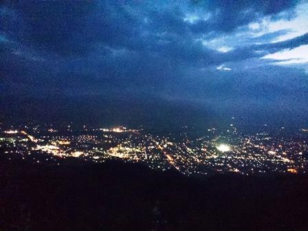 鷹狩山からの夜景