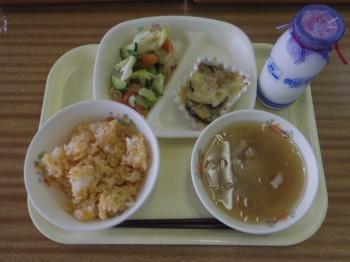 170912_野菜たっぷり給食写真【木島平C】.cleaned