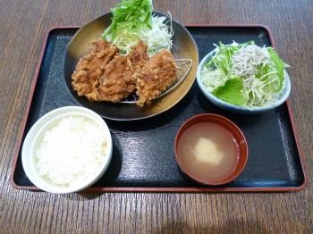 チキチキ(唐揚げ定食)