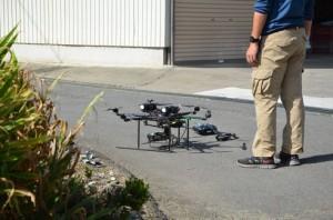 小型無人機ドローン(マルチヘリコプター)