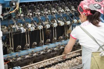 製糸工場の様子