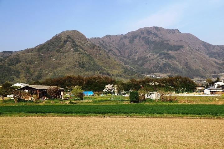 16.18松代城跡から奇妙山尼巌山