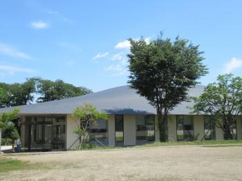 5図書館と小学校