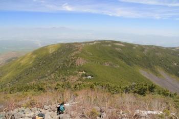 11.31最後の登りから前掛山、遠景浅間山