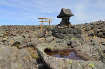 12.21頂上の蓼科神社