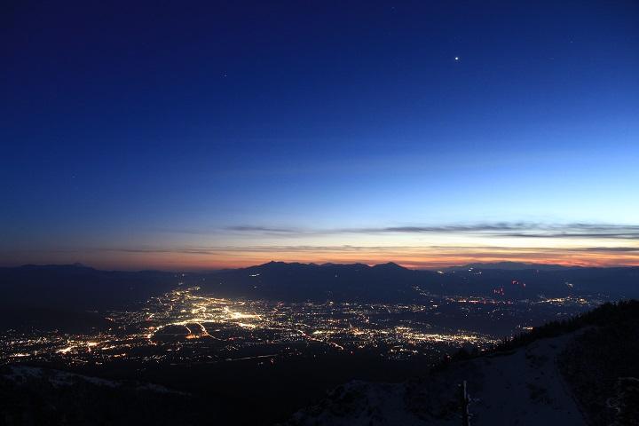 佐久平の夜景と一番星