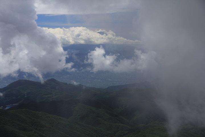0809.10.50雲間の富士山