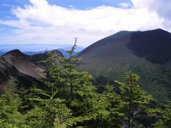 6黒斑山から蛇骨岳